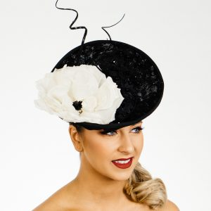 Black White Upbrim Percher
