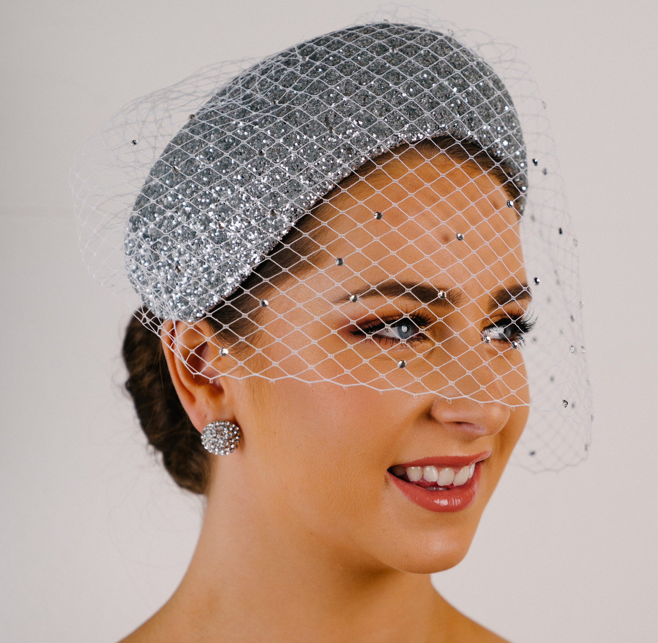 Deco silver half hat wide headband veil