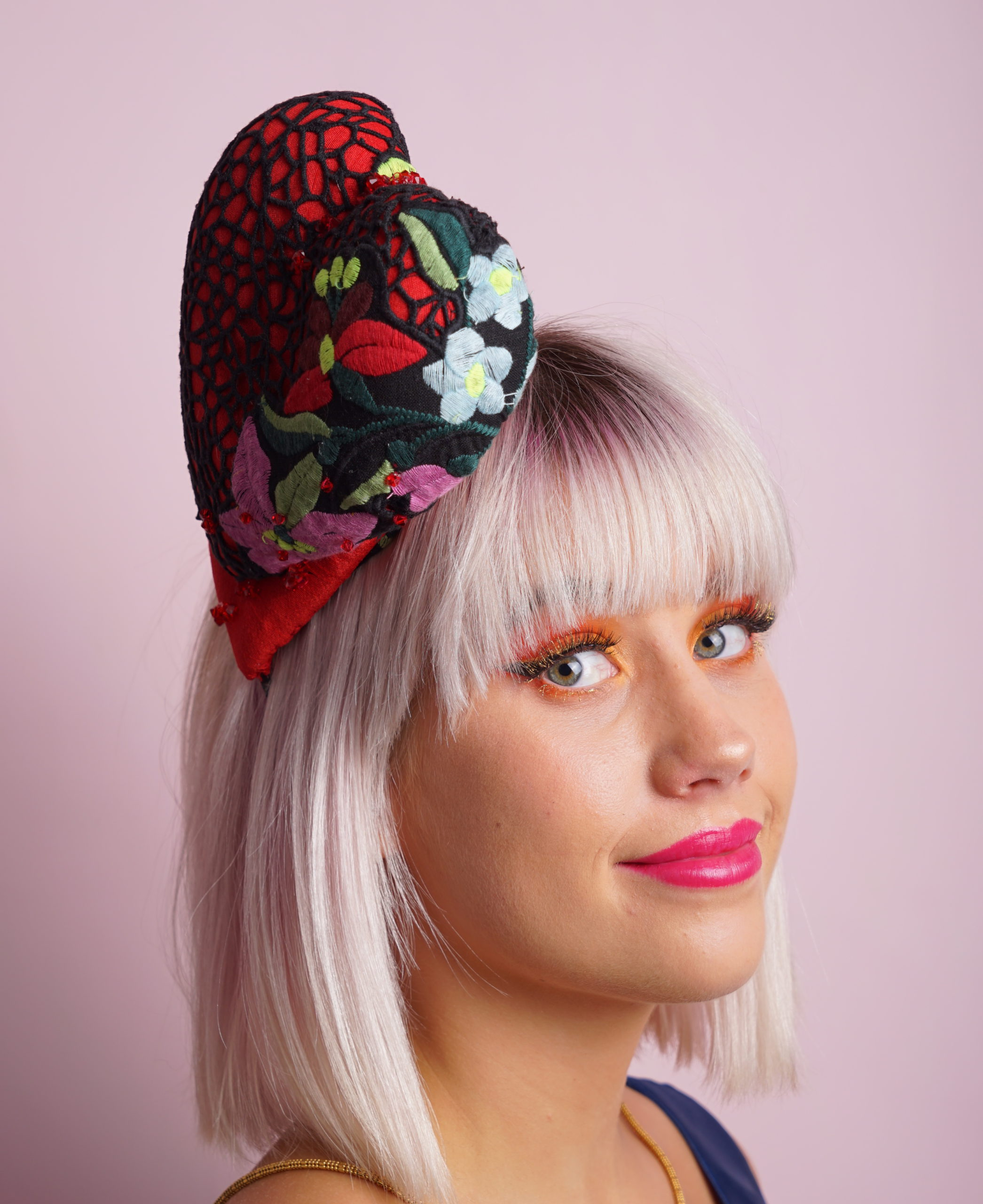 D and G lace double heart headband