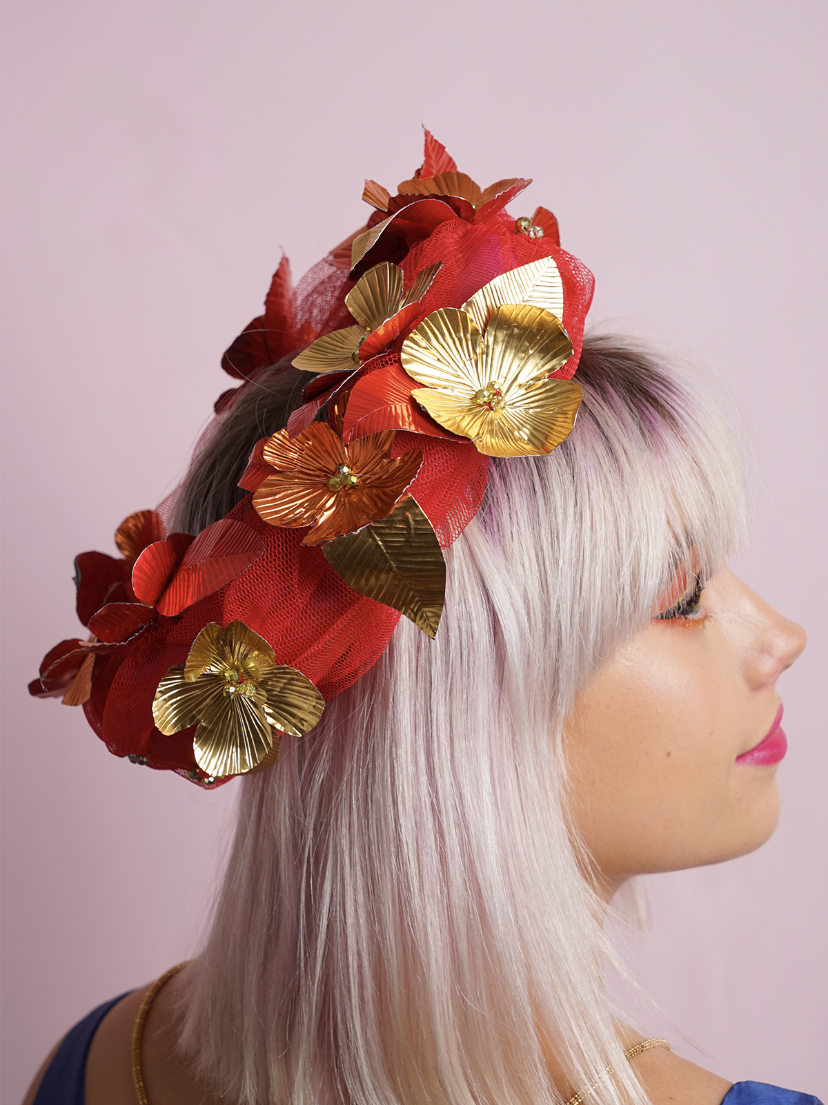 Red Halo Gold Flowers
